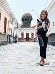 Peru Lima Barranco Lies straat lachend